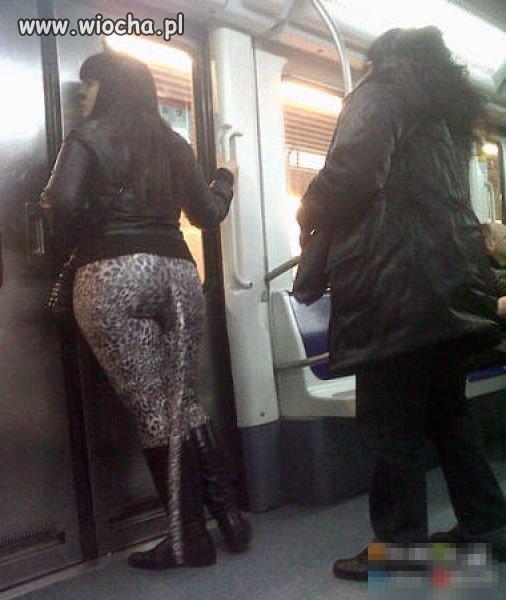 Dziwni ludzie z metra