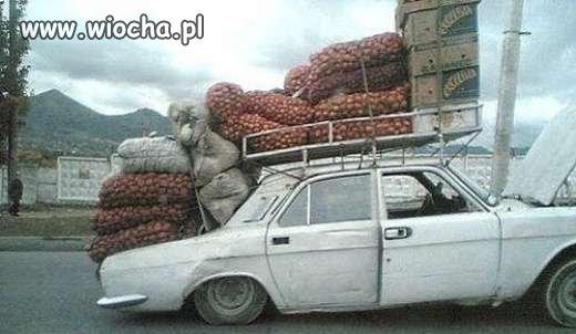 Handel ziemniakami a fura