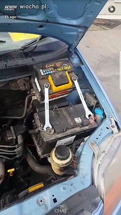 Zapomniałeś kabli żeby odpalić auto?