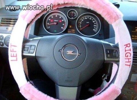 Pokrowiec na kierownice dla blondynki