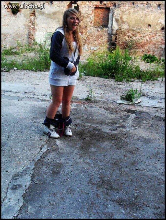 ,,Meine grube nogi xd'