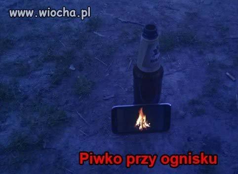 Piwko przy ognisku
