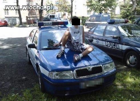 Sweet focia z policją