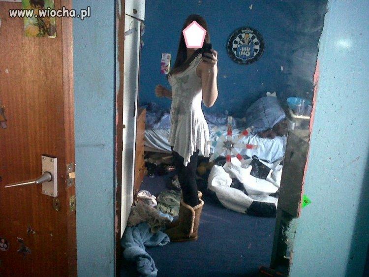 Jak można żyć w takim syfie???!!! dziewczyna ma 16 lat