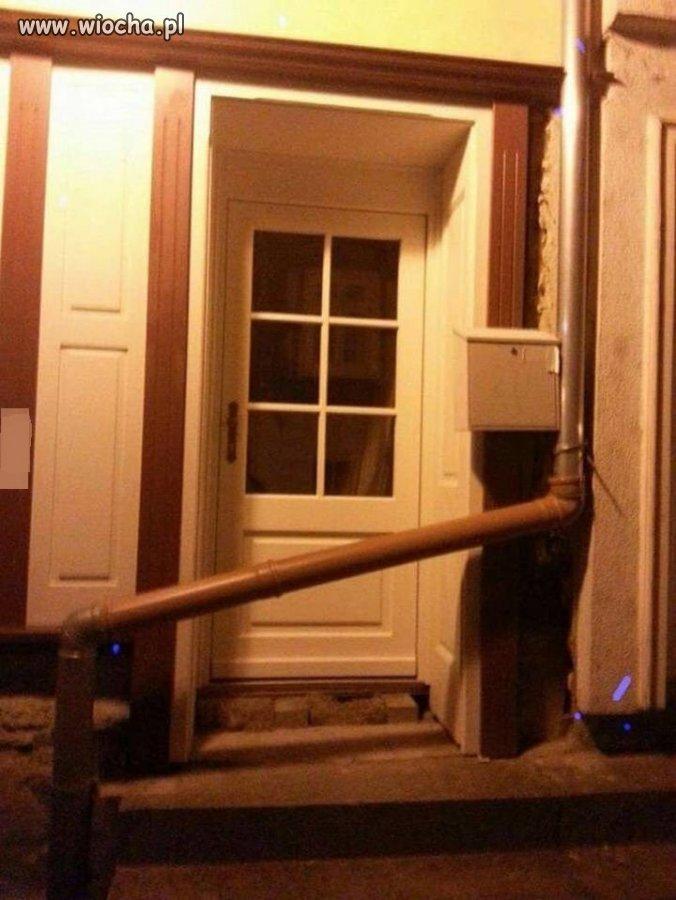Sąsiadka prosiła aby naprawić