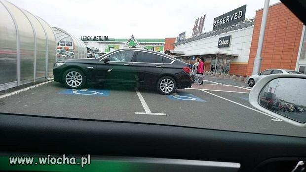 Ten kierowca osiągnął antymistrzostwo w parkowaniu