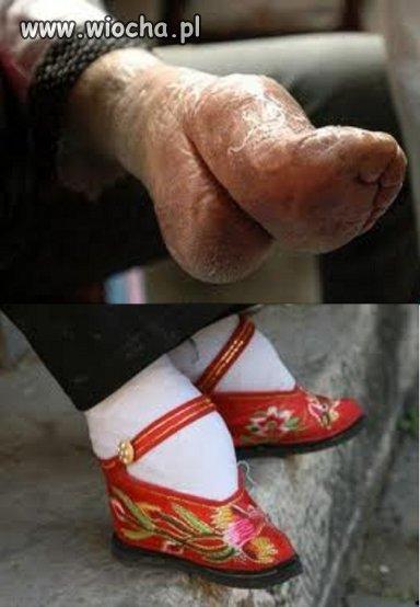Kr�powanie st�p w Chinach
