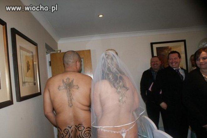 Nowożeńców.