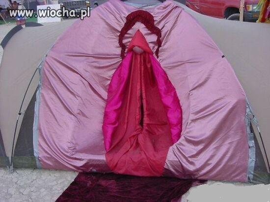 Jak nazwać tych co wchodzą do namiotu?