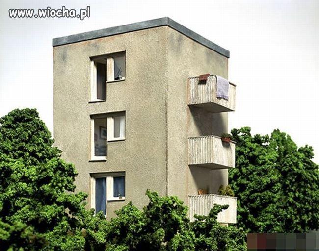 Zwykły niezwykły dom z balkonami