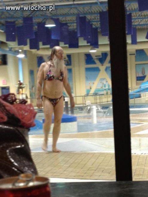 Spotkany na basenie