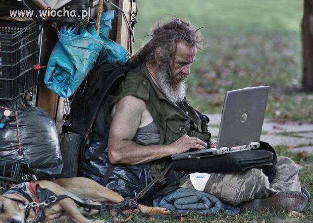 Bezdomny z Laptopem