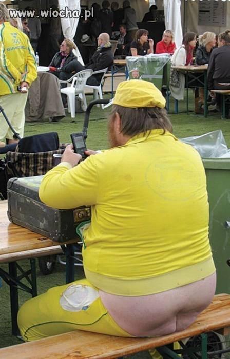 żółte dresiki
