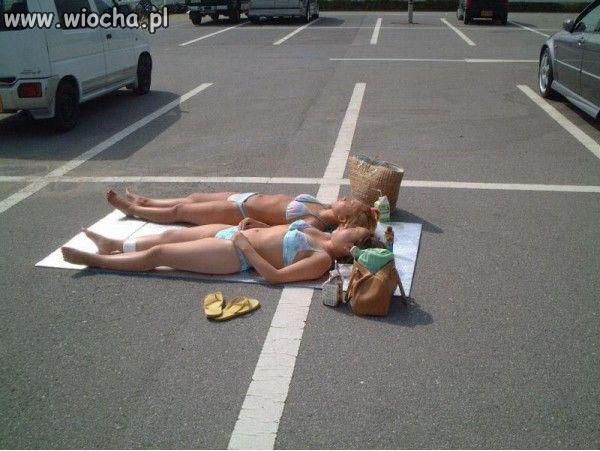 Piknik na parkingu