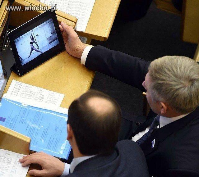 Ciężka to praca w parlamencie