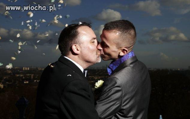 Homoseksualne ma��e�stwa legalne w Wielkiej Brytanii