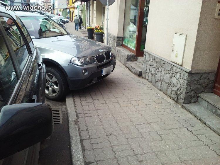 KOLEJNY BONZO W BMW...wiocha na maxa