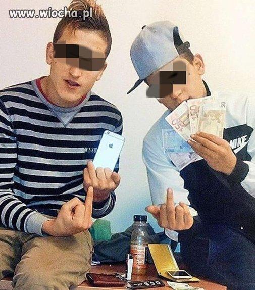 """Nastoletni """"emigranci"""" okradają Niemców"""