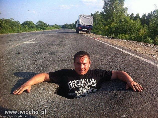 A my narzekamy na polskie drogi