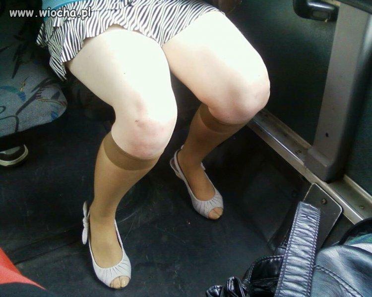 Jadę dziś pociągiem do pracy a tu taka moda...