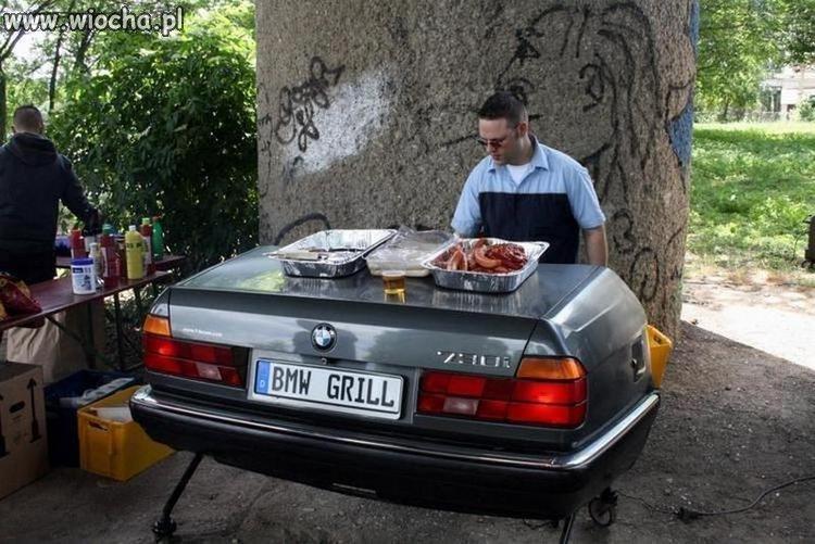 Moto Grill