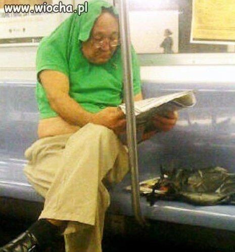 Nowy sposób noszenia polówek...