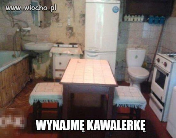 Kuchnia, jadalnia, toaleta i łazienka w jednym.