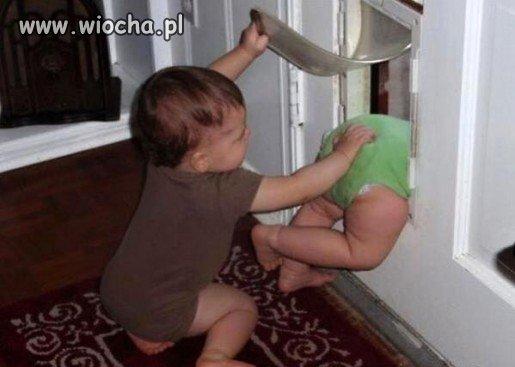 Uciekaj mała