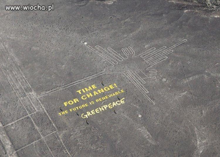 DZIAŁACZE Greenpeace zniszczyli  rysunki w Nazca