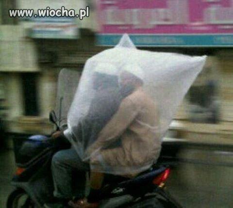 Abdule w kondomie