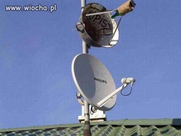Wiejski satelita szpiegowski.
