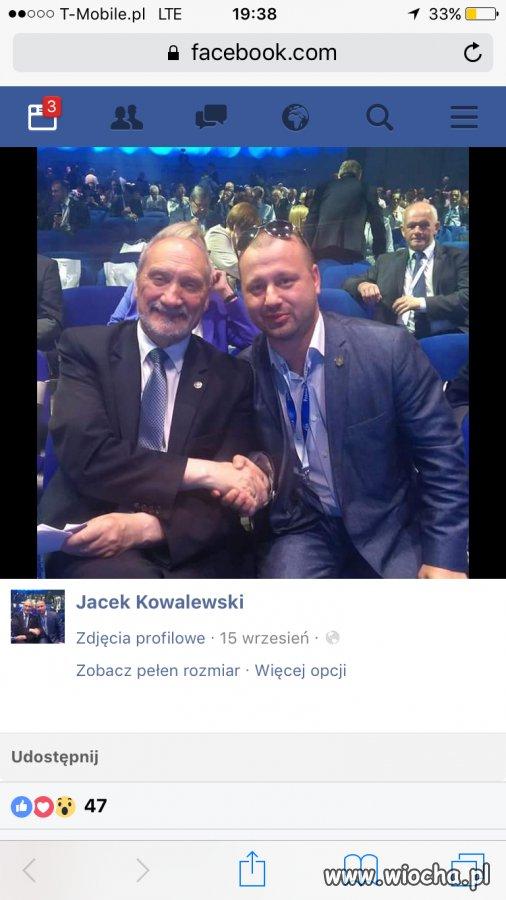 Burmistrz z powo�ania PiS.