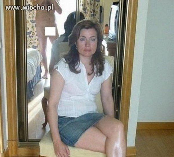 Zazwyczaj fotki na tle luster słabo wychodzą...