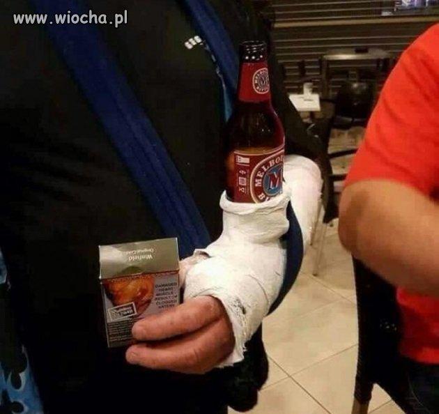 Gdy facet złamie sobie rękę