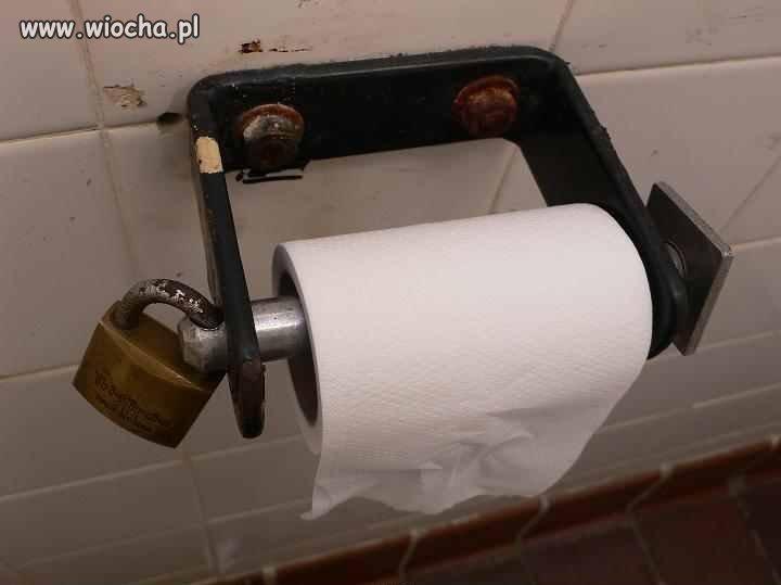 Teraz nawet papier toaletowy kradną