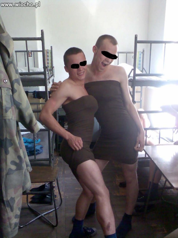 W wojsku cieżko o ładną panią oficer