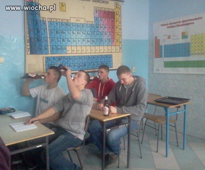Lekcja chemii (Zajęcia praktyczne)