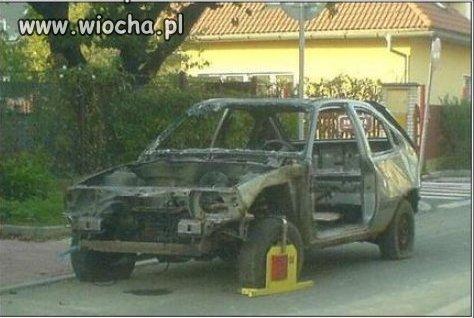 Bo źle zaparkował