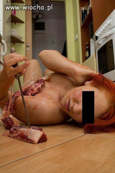 Przy krojeniu mięsa