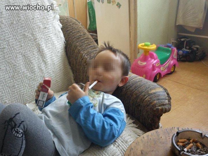 Mamusia się chwali  synkiem  na  FB...