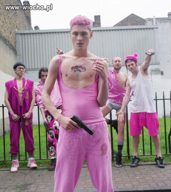 Gang różowych twardzieli