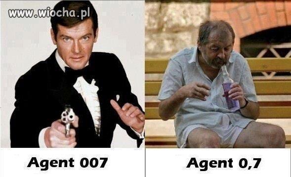Agent 007  vs  Agent 0,7