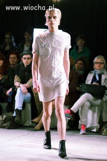 Milion pyta�. TO facet czy nie? w sukience?