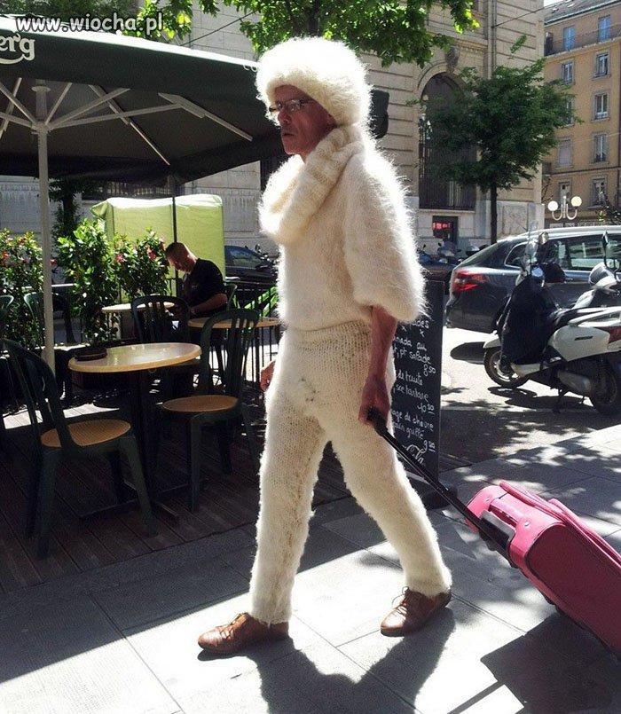 Albinos w wielkim mieście.