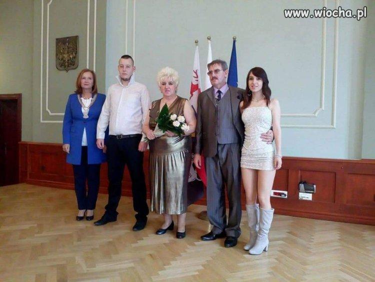 Babcia bierze ślub
