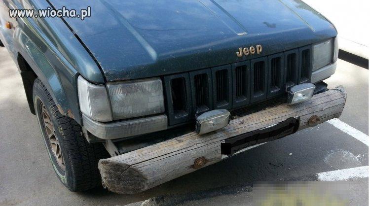 Jeep i oryginalny zderzak
