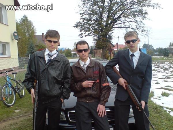 Chcieli pokazać gangsterke