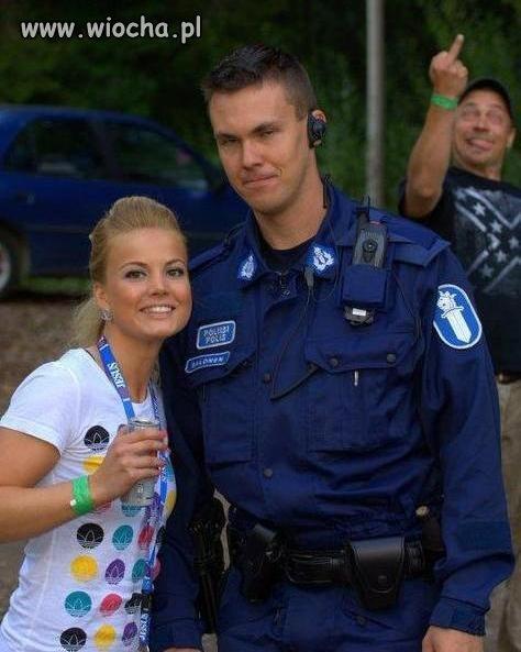 Sweet focia z policjantem