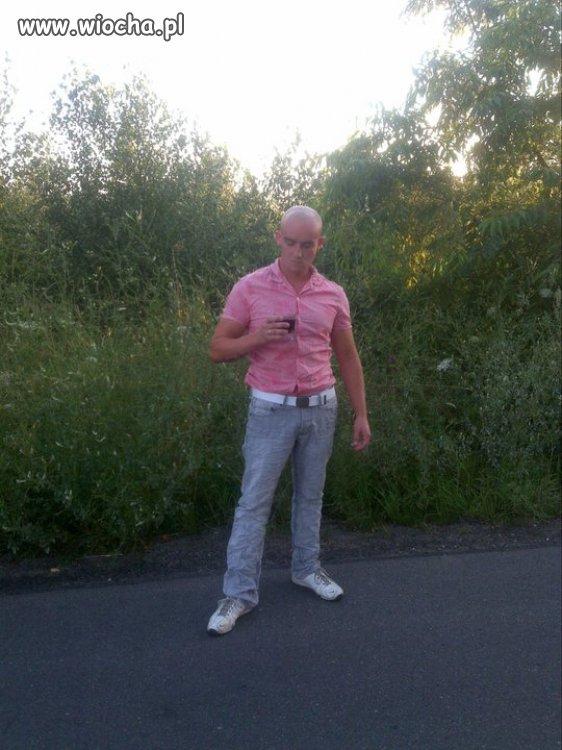Pakero... 165cm wzrostu róż koszula białe adidaski...