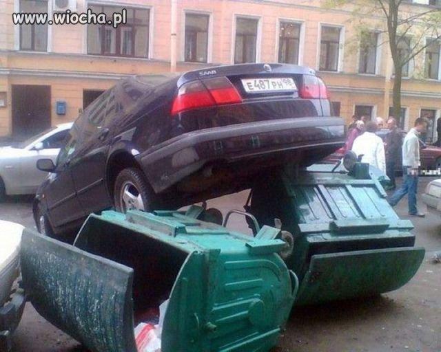 Parkowanie po rosyjsku.